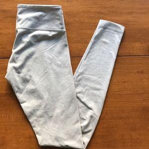 Grey lululemon wunder under leggings like new!